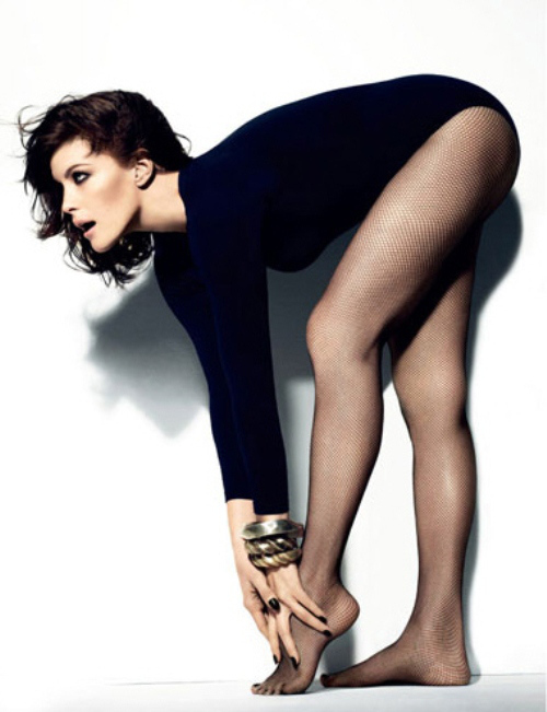 Liv tyler in pantyhose